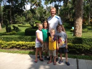 chris and family at horizons